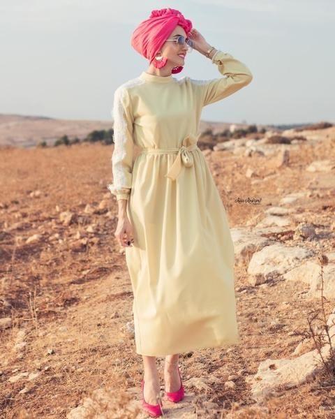 فستان مزود بحزام