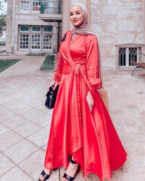 فستان wrap  للمحجبات