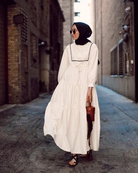 موضة الفساتين تاA LINE