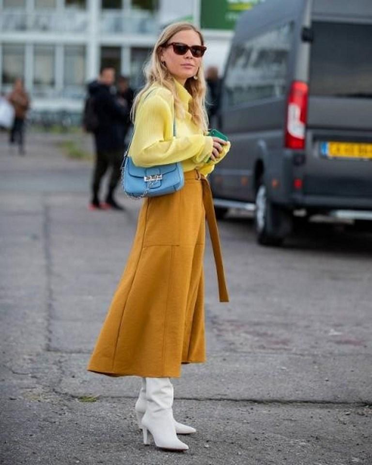 تنورة باللون الاصفر