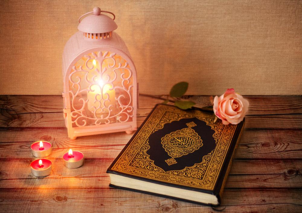 كيف تغرسين حب القرآن الكريم في نفس طفلك shutterstock_5659008