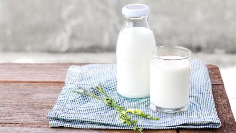 الحليب لترطيب البشرة