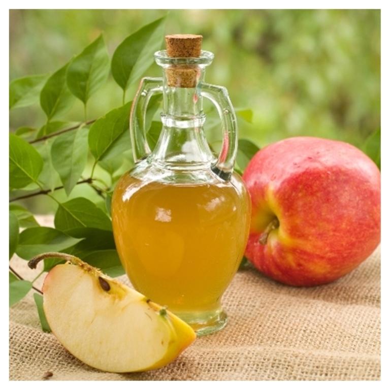 خل التفاح لاعادة نمو الشعر