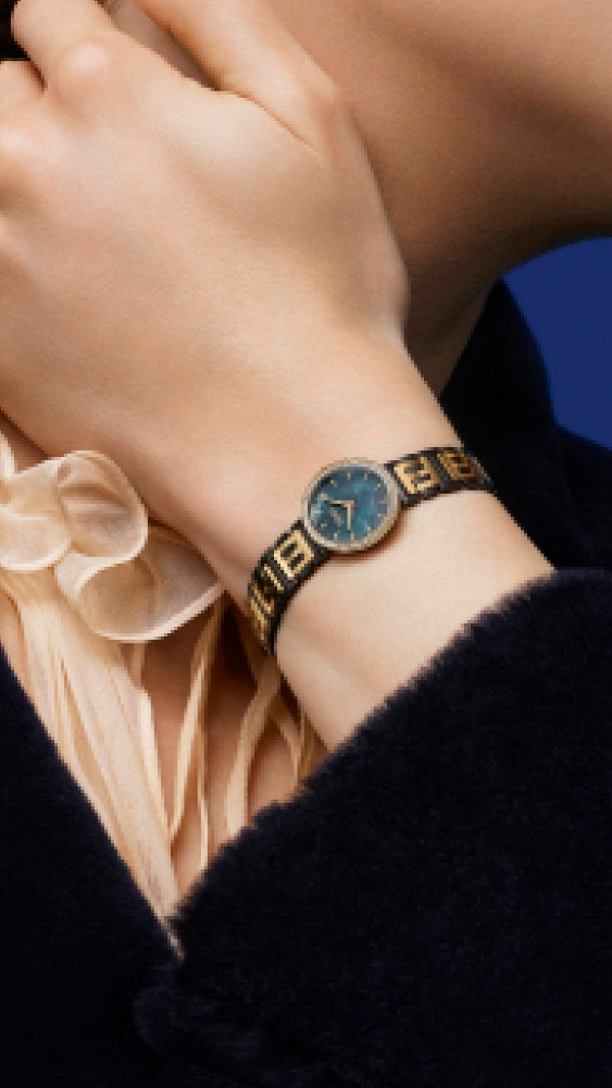 e0911d78f تعرّفي إلى مجموعة ساعات Forever Fendi الجديدة | مجلة سيدتي