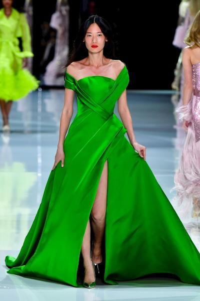 فستان منفوش من  Ralph &Russo