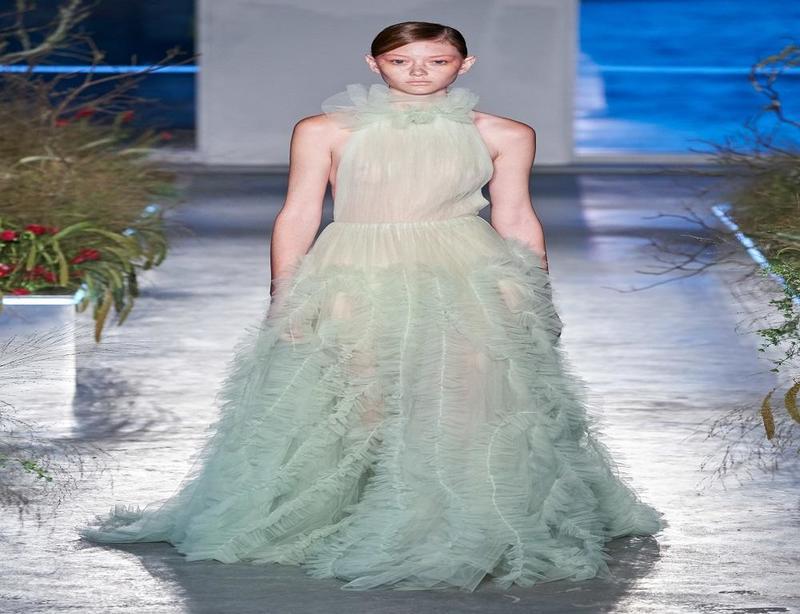 فستان أنيق من مجموعة جايسون وو