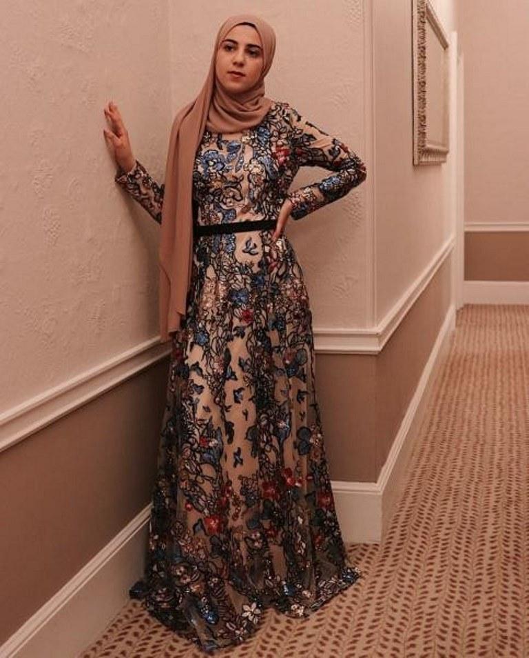 فستان سهرة مطرز للمحجبات