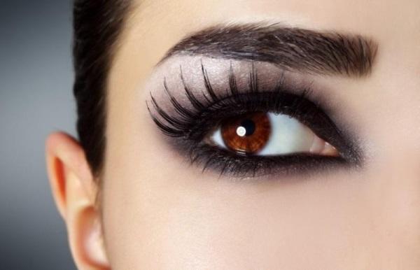 طرق توسيع العيون