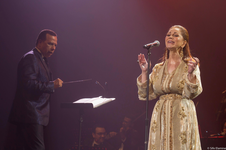 أتحفت الجمهور الحاضر بمجموعة من أغانيها الخالدة