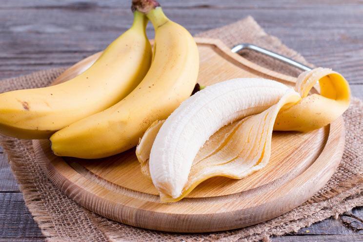 الموز والزيوت الطبيعية