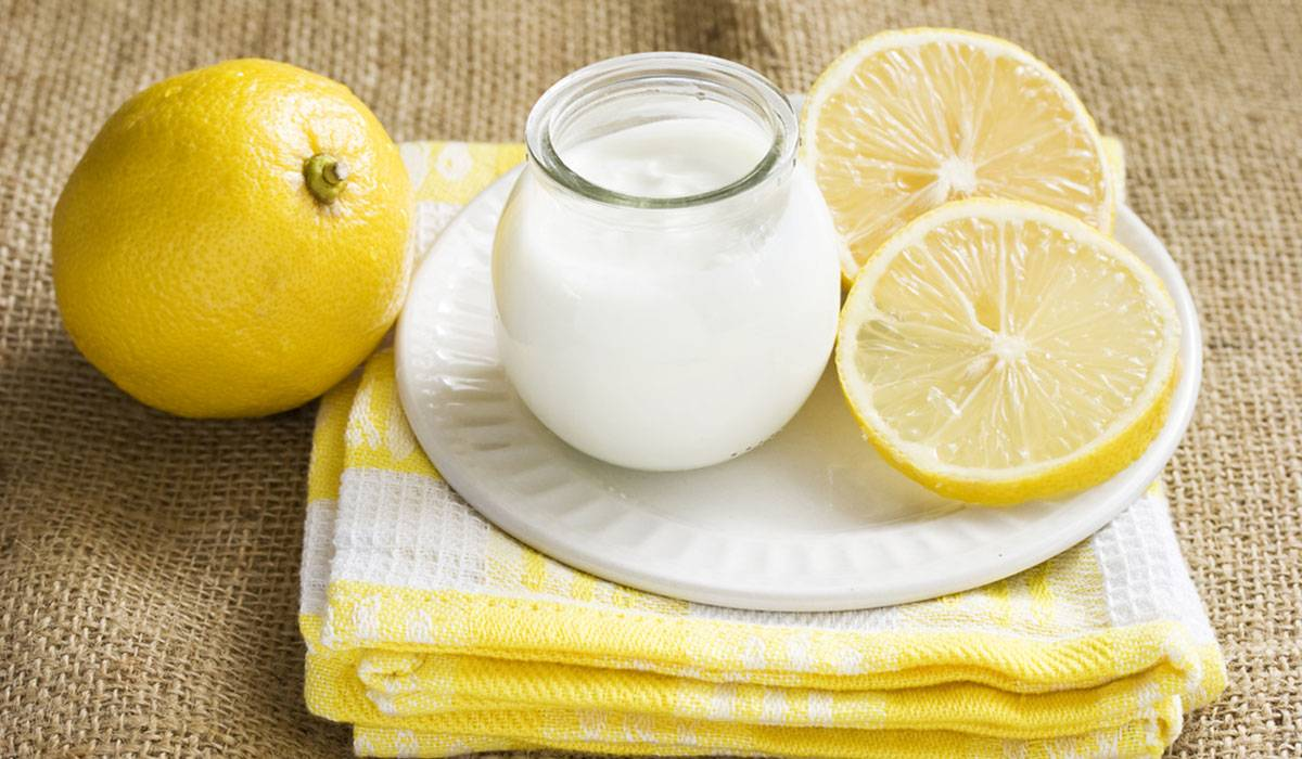 الزبادي وعصير الليمون