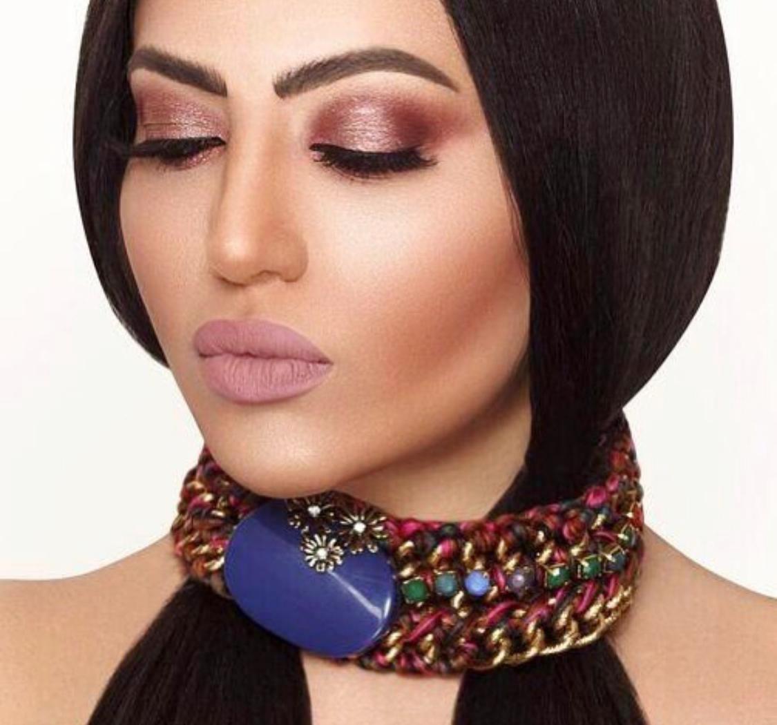 مكياج من وحي الفنانة فوز الشطي