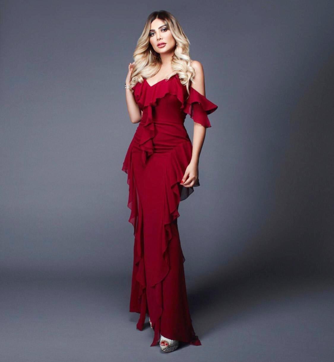 فستان أحمر لعيد الأضحى