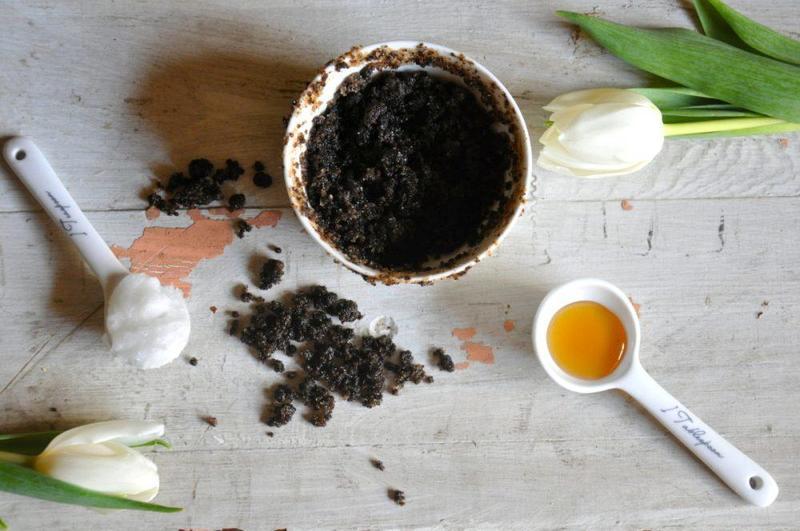 ماسك القهوة مع زبدة الشيا