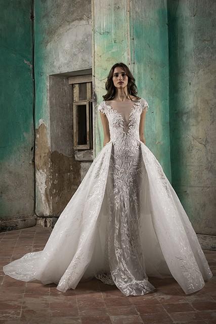 فستان زفاف ضيق