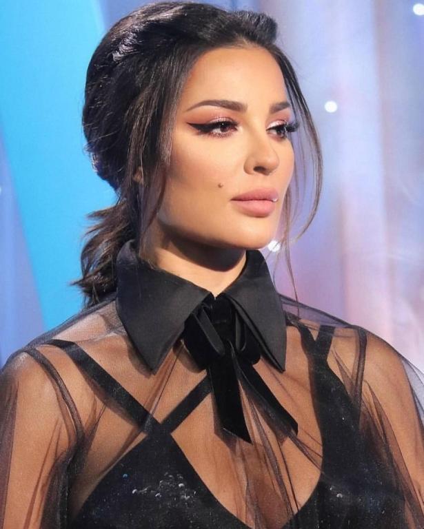 تسريحات شعر نادين نجيم