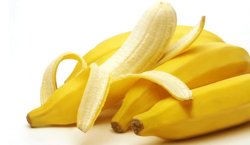 خلطة الموز وماء الورد