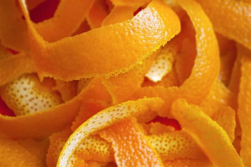 خلطة قشر البرتقال والليمون المطحون
