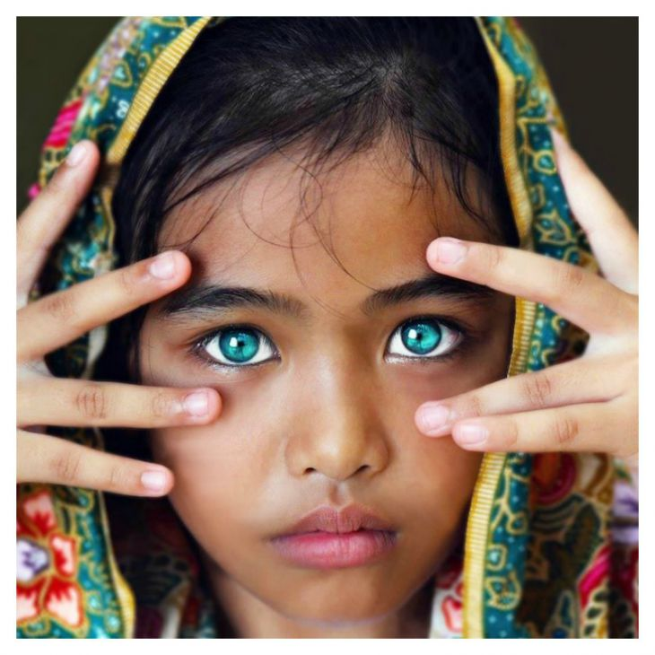 العيون b16aeacacf.jpg
