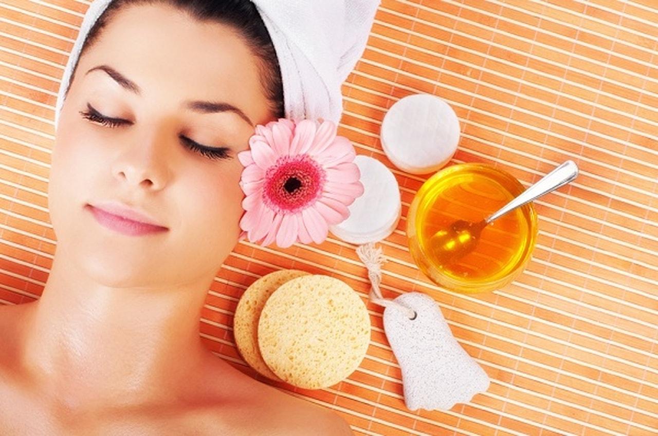 فوائد الزيوت العطرية لصحة بشرتك