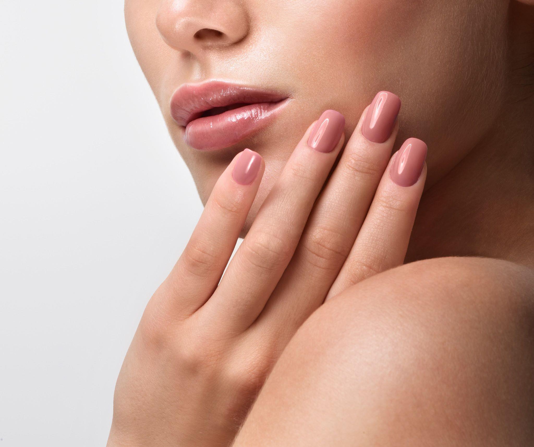 علاج تكسر الأظافر