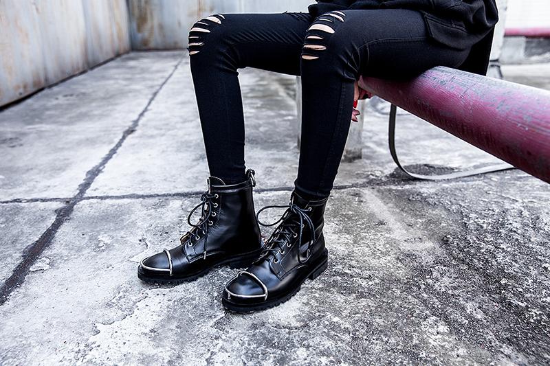 أحذية عسكرية