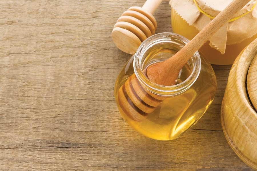 ماسك النشا مع صودا الخبر والعسل