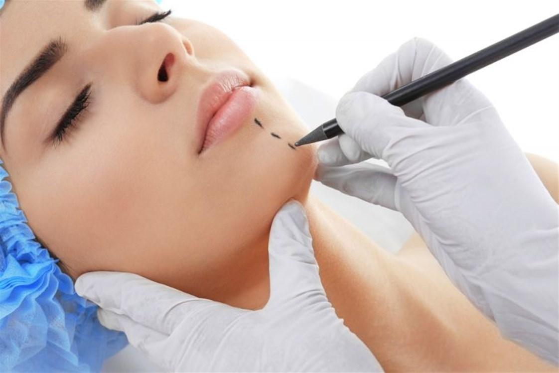أنواع عمليات تجميل الوجه