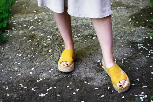 احذية قش