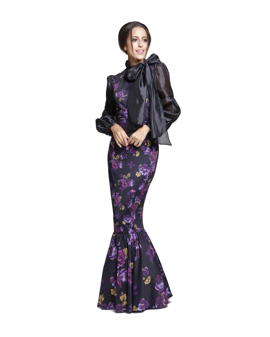 d77f45be1 مع فستان سهرة طويل مطبّع بالورود من فيمي 9 وهو بسعر 260 ريال سعودي