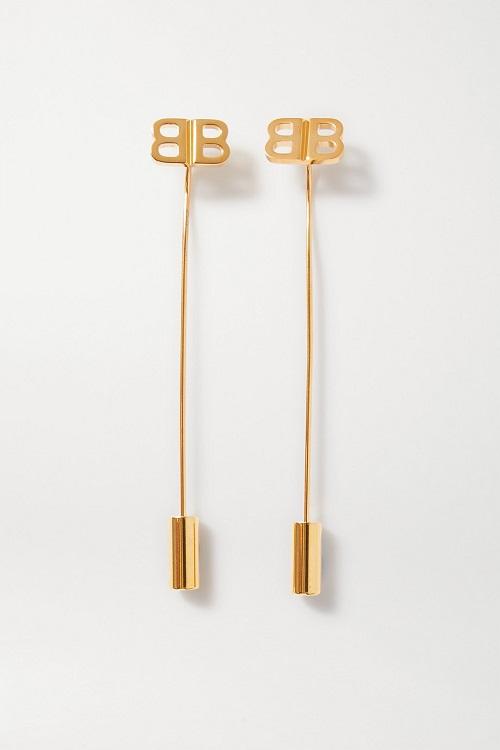 أقراط ذهبية بتصميم متدلي من Balenciaga