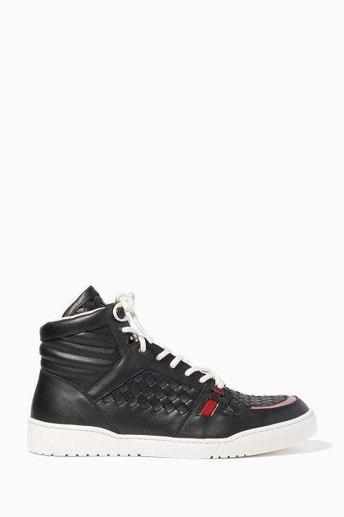 حذاء سنيكر بتصميم مميز باللون الأسود من Bottega Veneta