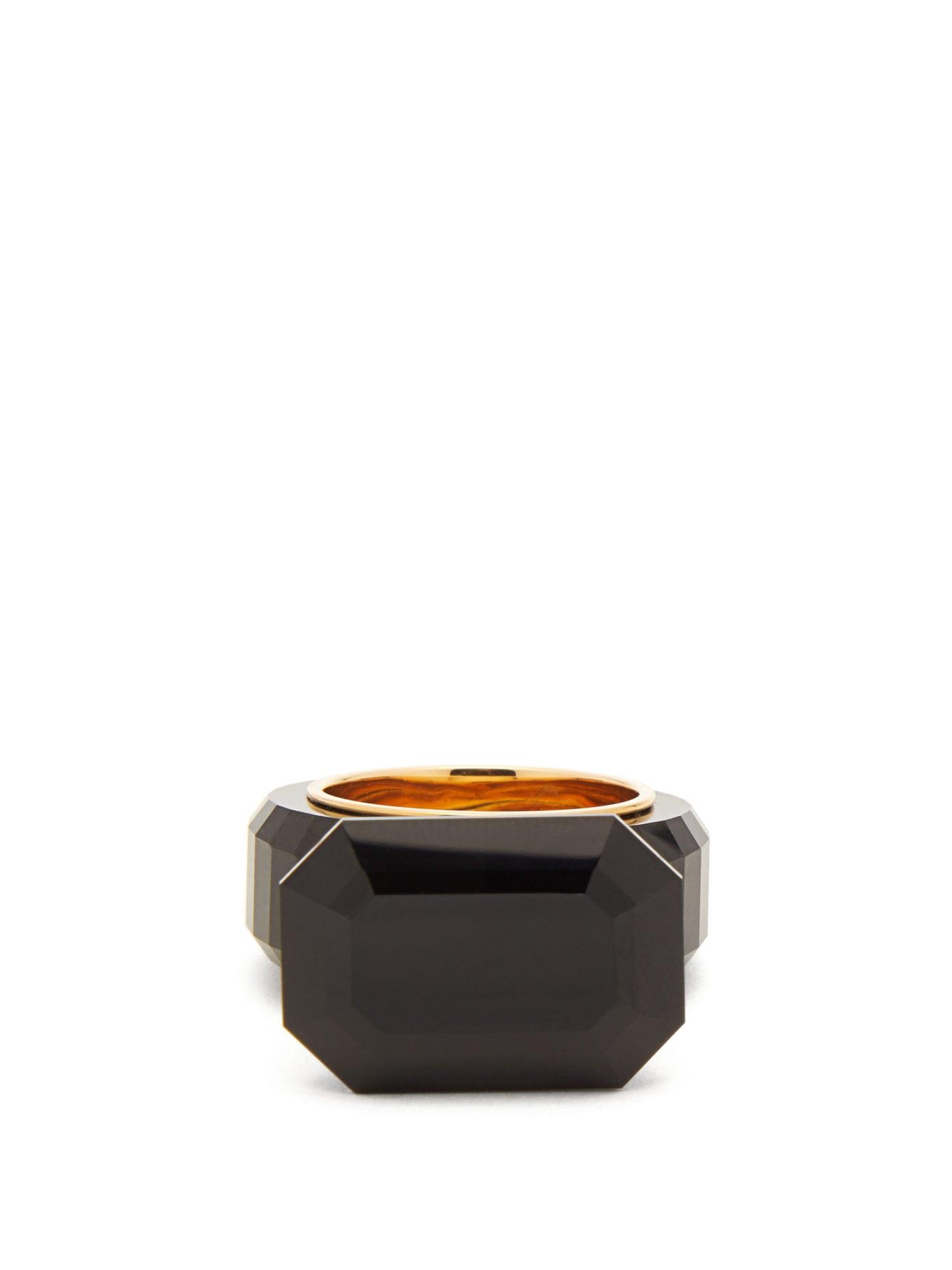 خاتم بتصميم مميز مع حجر أسود كبير من Bottega Veneta