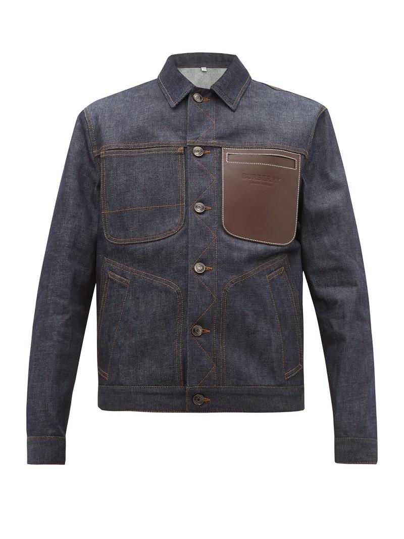 جاكيت من الدنيم بتصميم مميز مع جيب من الجلد البني من Burberry
