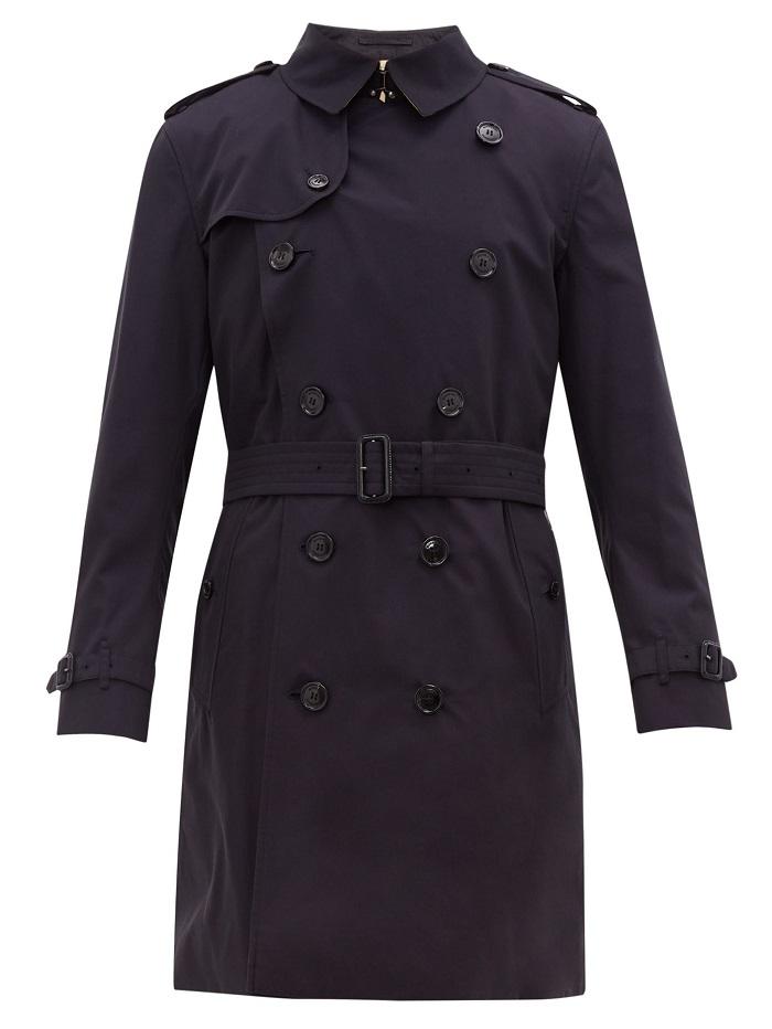 معطف طويل لإطلالة أنيقة من Burberry
