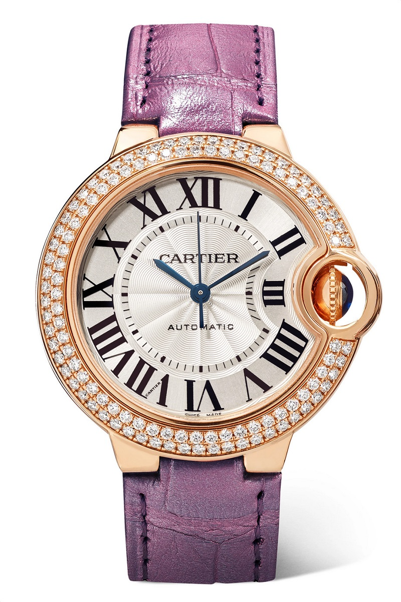 ساعة باللون البنفسجي الأنيق من Cartier