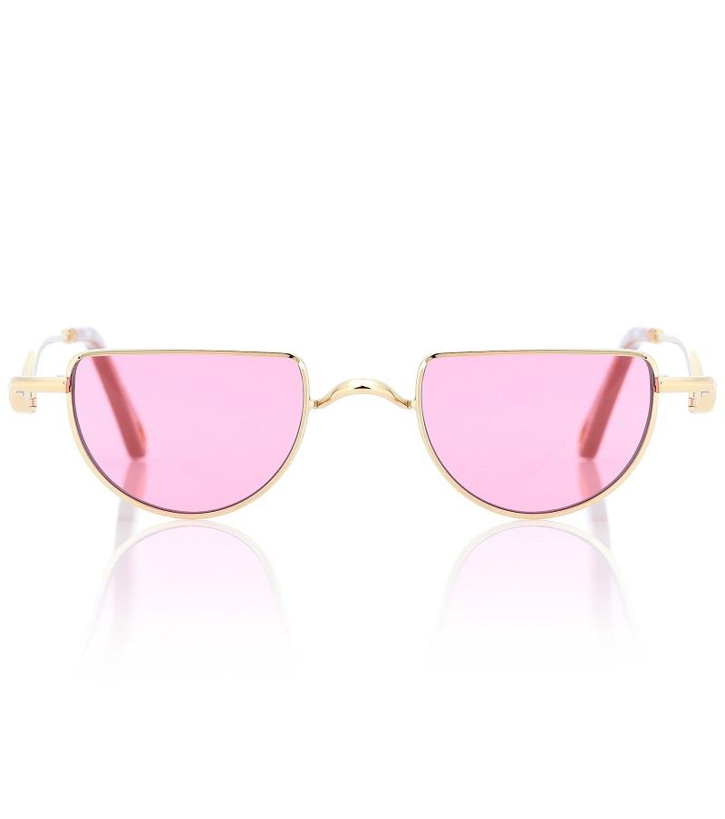نظارات شمسية باللون الوردي الناعم من Chloé