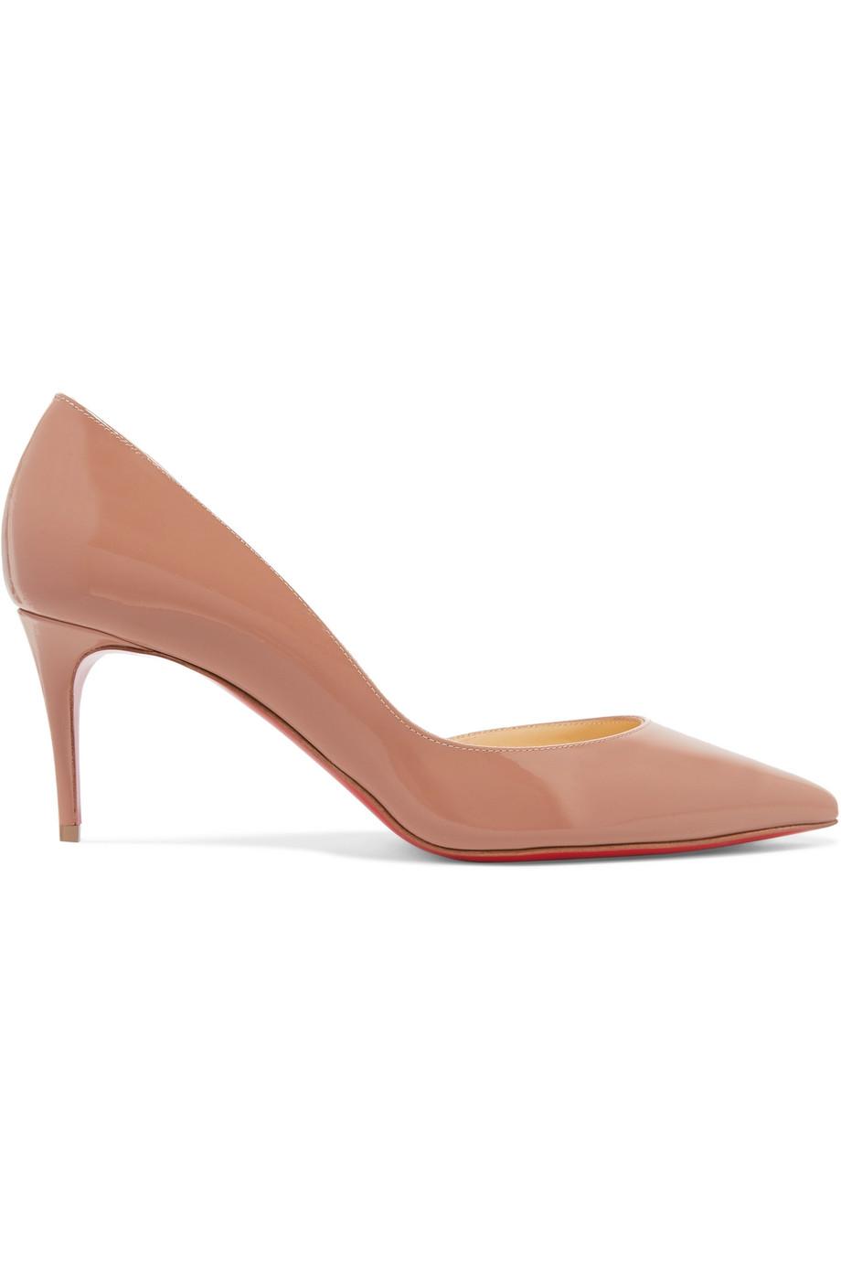 حذاء بلون النيود المائل إلى الوردي من Christian Louboutin
