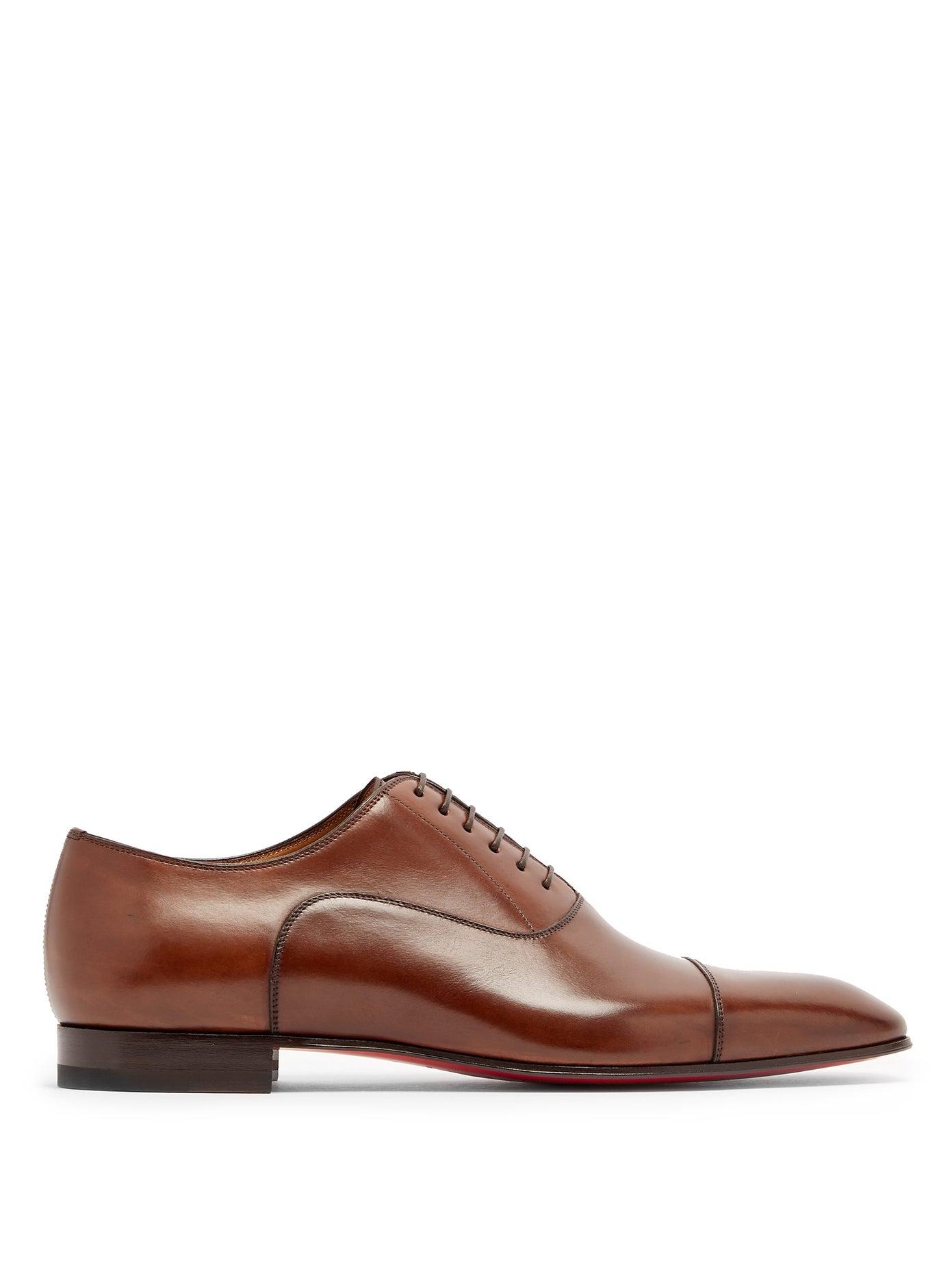 حذاء أنيق باللون البني الفاتح من Christian Louboutin
