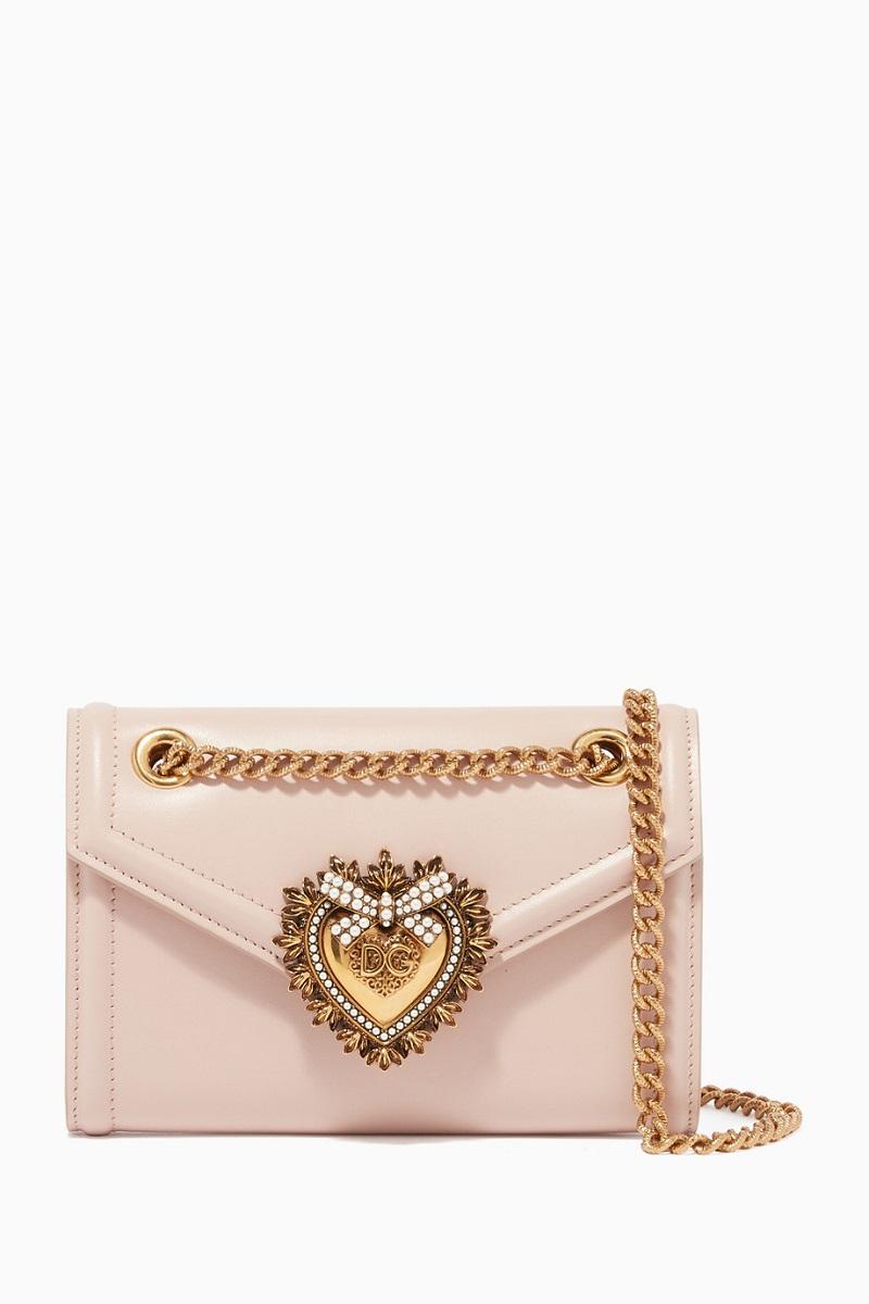 حقيبة يد مميزة وصغيرة الحجم من Dolce and Gabbana