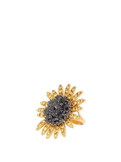 خاتم بتصميم وردة مع أحجار سوداء من Dolce and Gabbana
