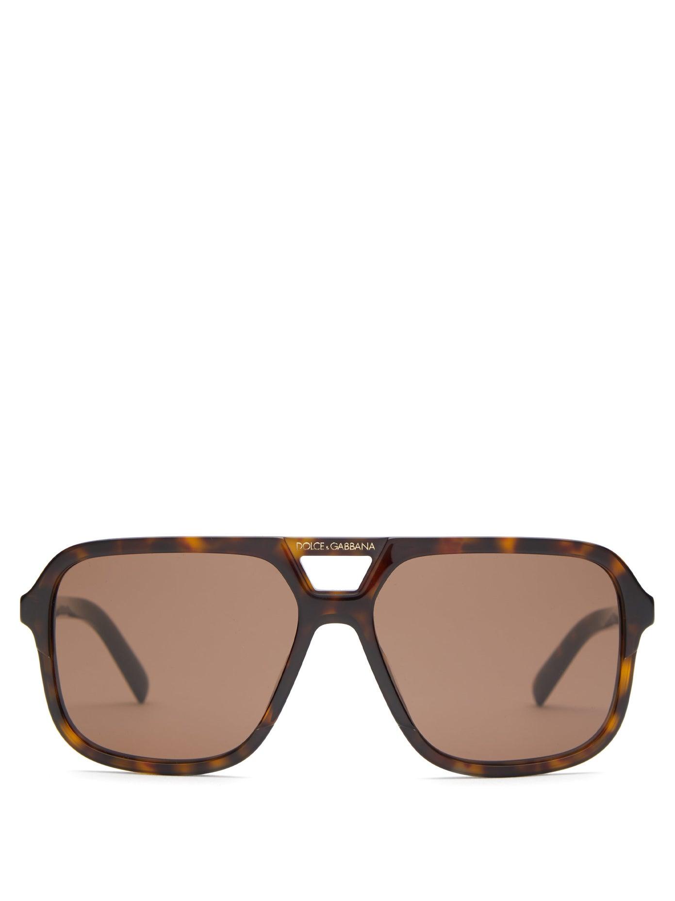 نظارات شمسية باللون البني المميز من Dolce and Gabbana