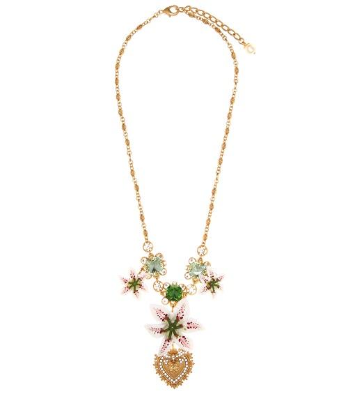 عقد مرصع بالأحجار الكريمة من Dolce and Gabbana