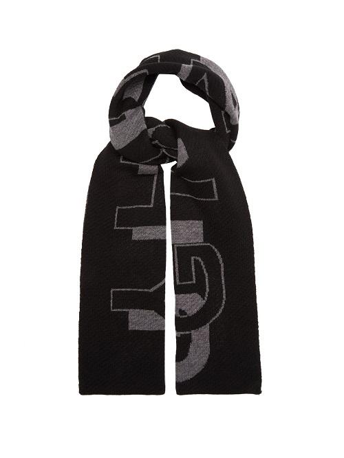 كوفية صوف باللون الأسود مع نقشات من Givenchy