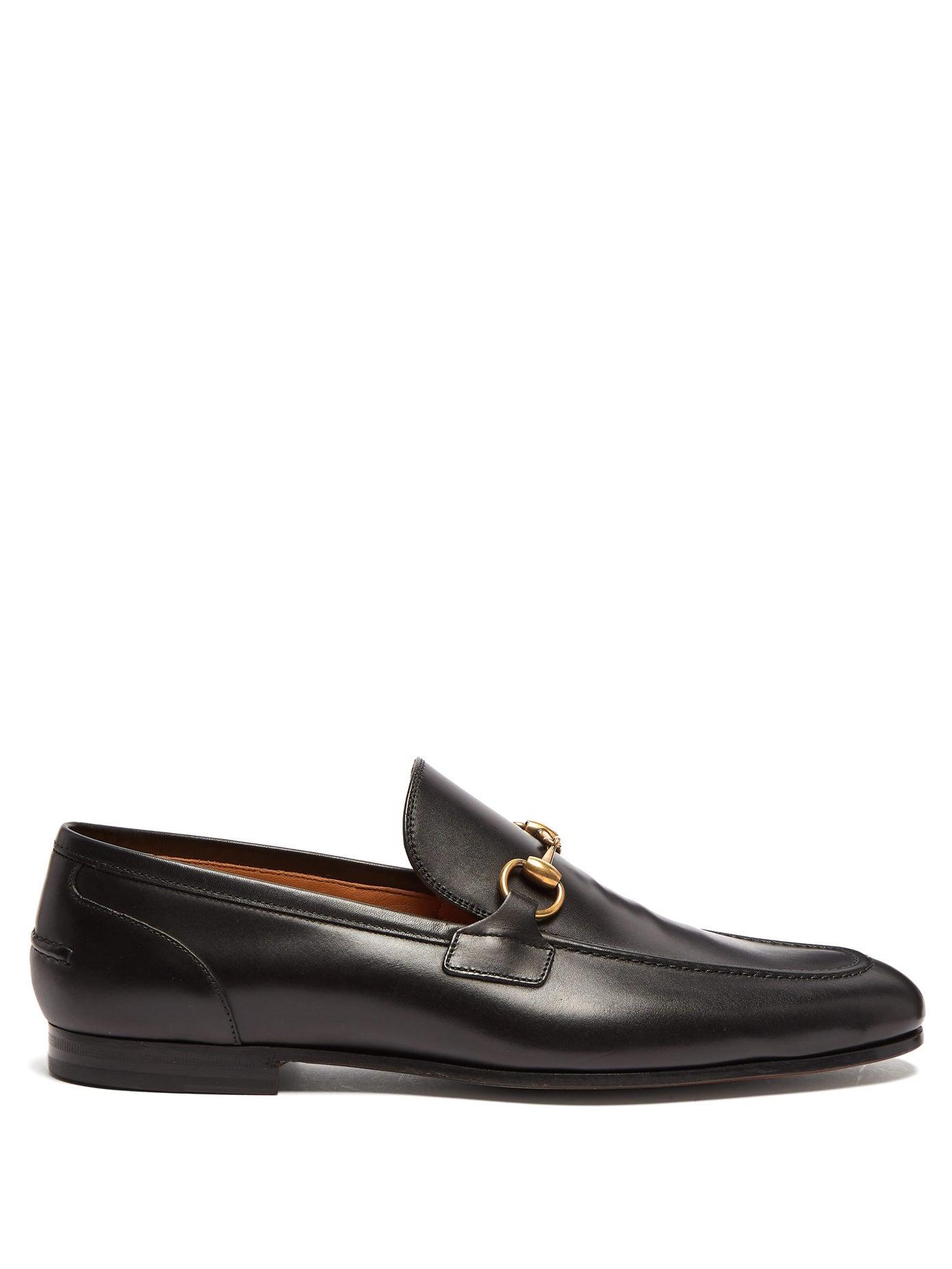 حذاء منبسط من الجلد الأسود من Gucci