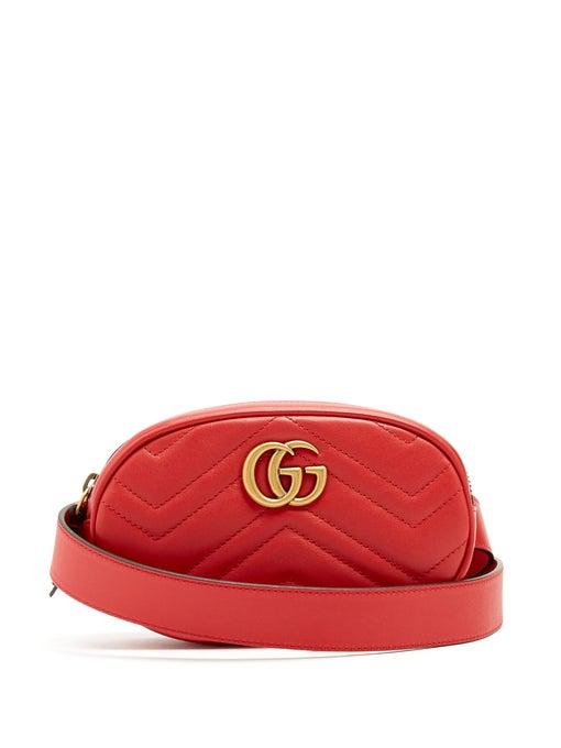 حقيبة خصر تناسب مختلف الإطلالات من Gucci