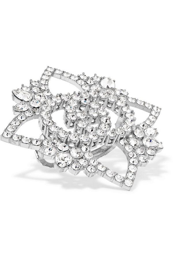 خاتم خطوبة بتصميم وردة من Gucci