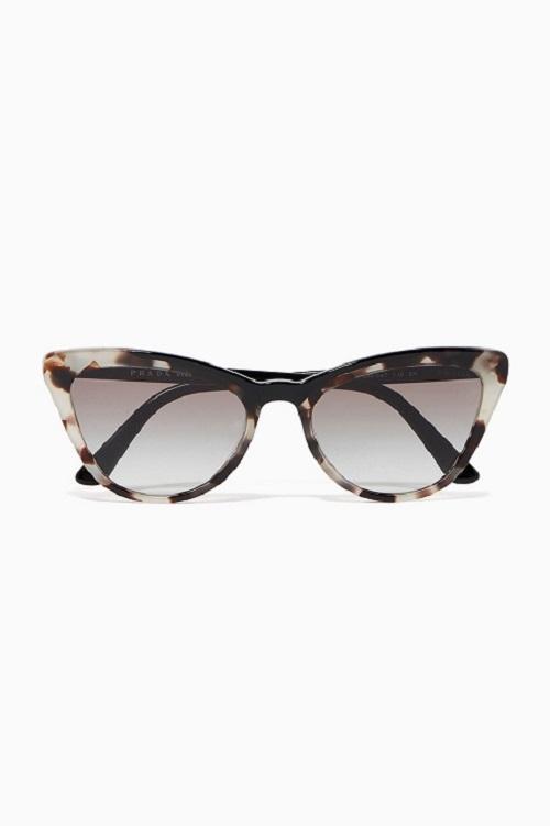 نظارات عيون القطة مميزة من Prada
