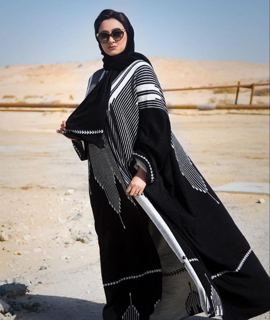 خيارات العبايات الخليجية