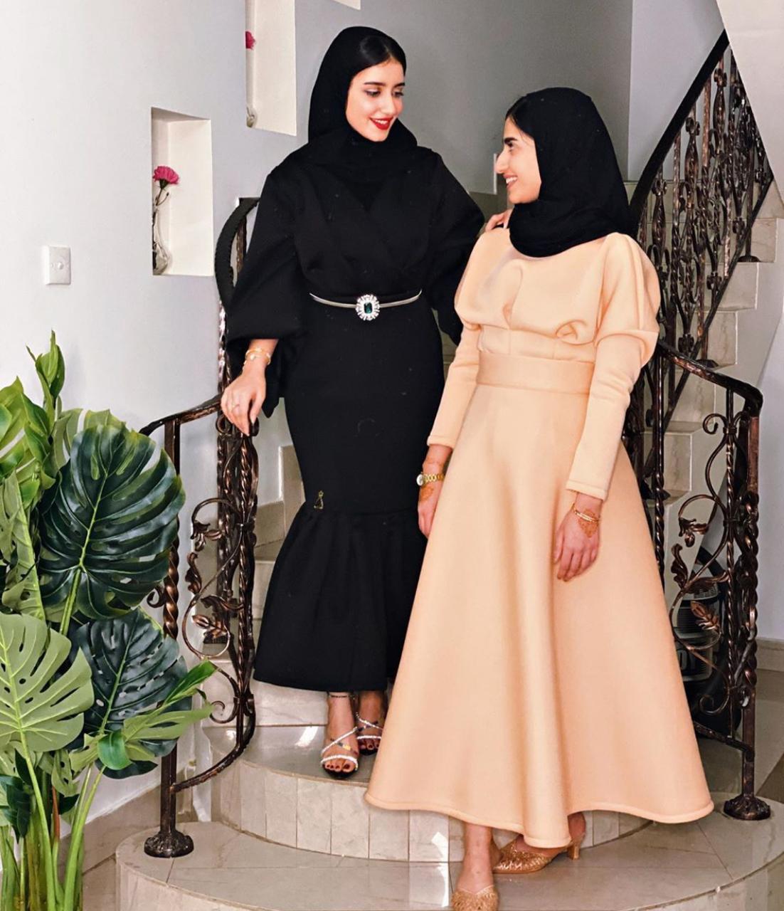 تنسيقات الفساتين